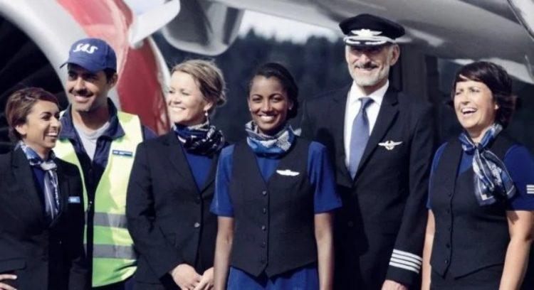Самые красивые стюардессы из разных стран, 30 фото